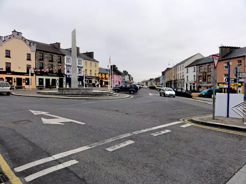 A quiet Sunday afternoon in Clifden.