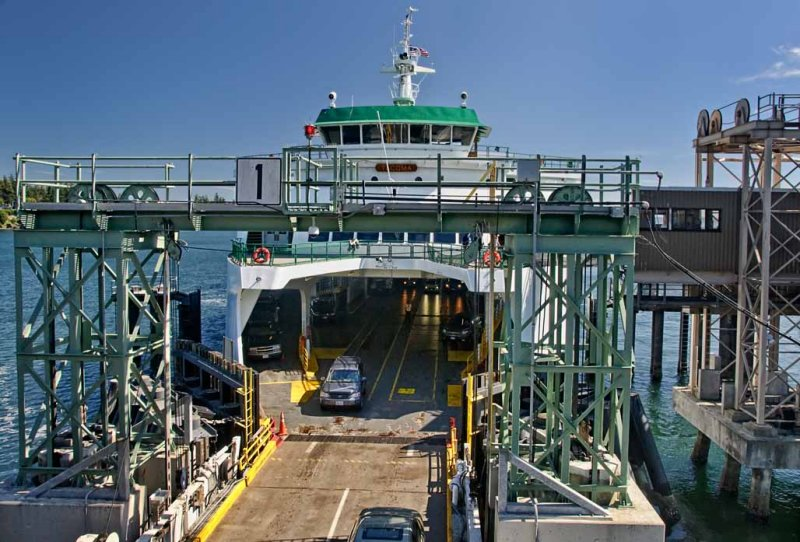 Unloading the Bainbridge Ferry