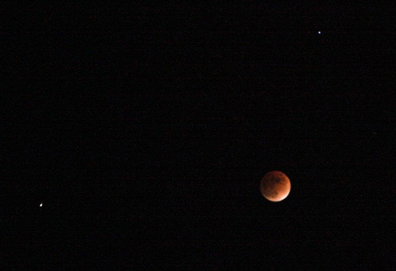 IMG_0047-1-lune--éclipse-900.jpg