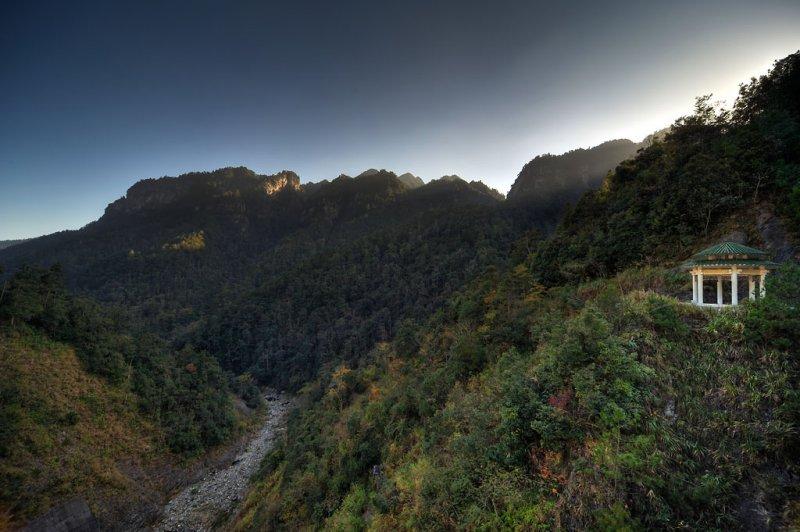 The Jinggangshan Reservoir ¤«©£¤s¤ô®w