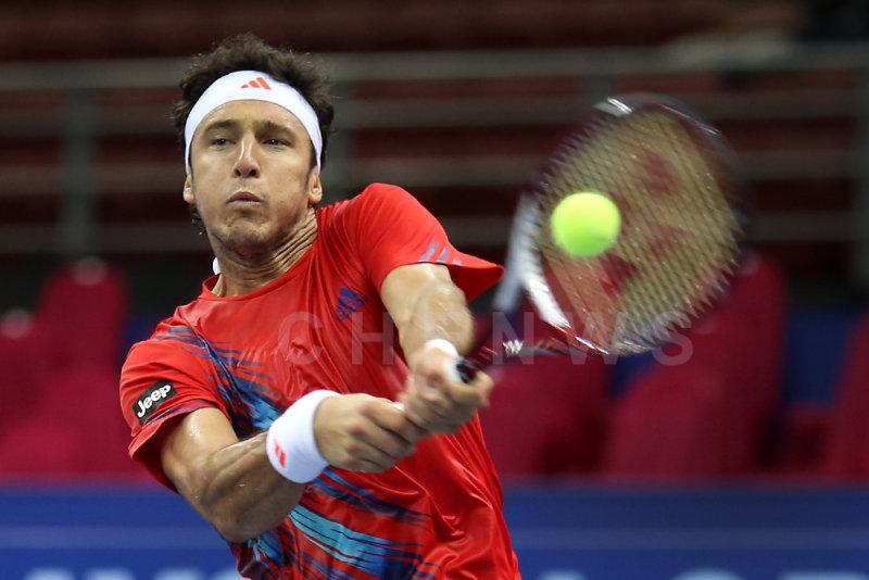 Quarter finals: Juan Monaco (Argentina)