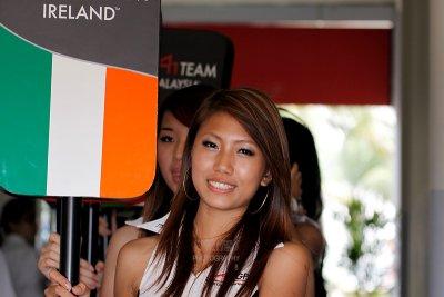 Grid girl, Team Ireland