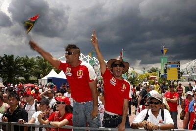 Ferrari fans, F1