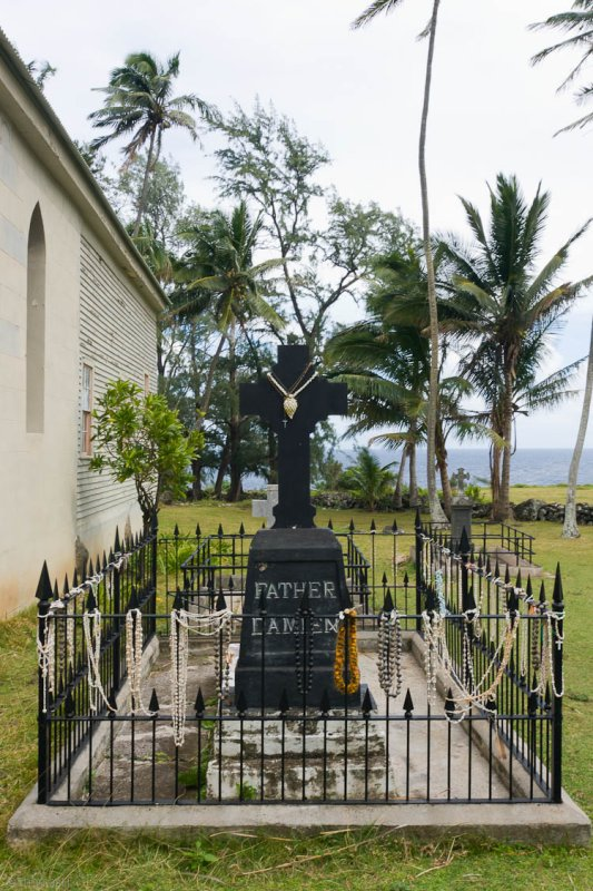 C0502 <b>Grave of Father Damien</b>