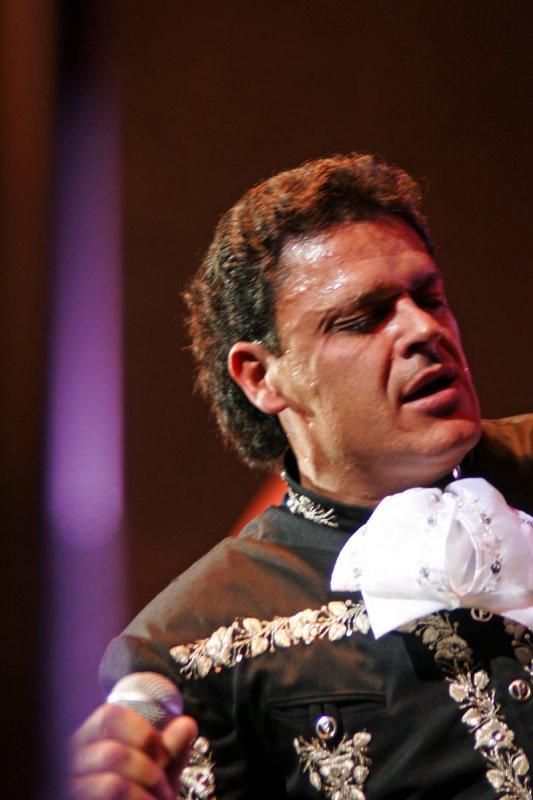 Pedro Fernández - 32.jpg