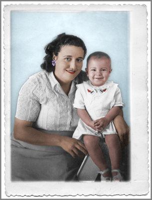 Ma mare i jo (1948). Colorejada amb Photoshop