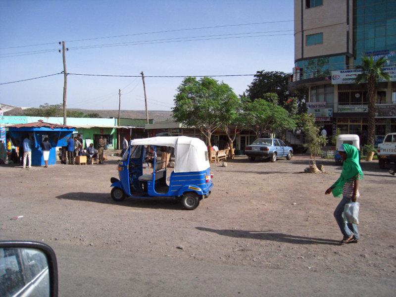 Rickshaw and girl