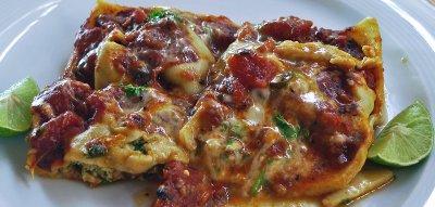 Poached Chicken Ravioli in Marinana