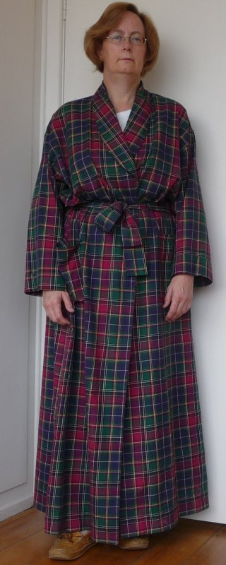 Dressing gown in plaid flannel