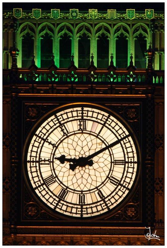 London - Big Ben close up.jpg
