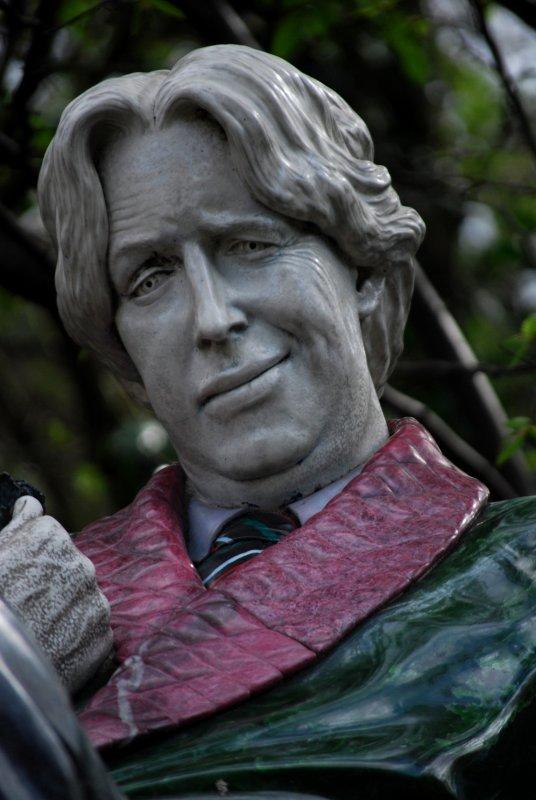Oscar Wilde, Merrion Square