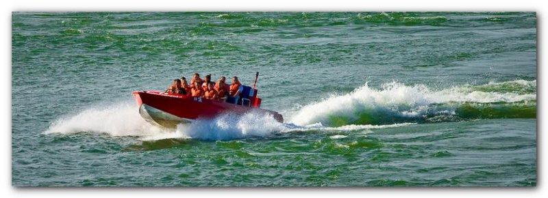 Jet Boating On The St-Lawrence River