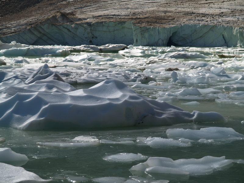 20-iceberg_2.JPG