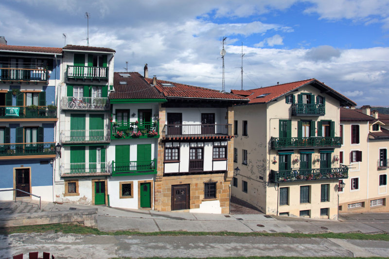 Hondrarribia, old town