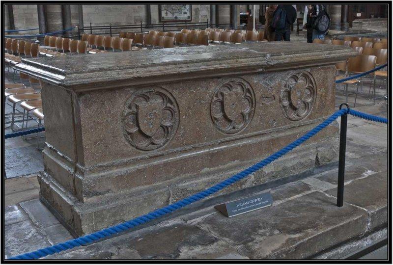37 Tomb of William Geoffrey D3011419.jpg