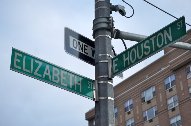 Nearest big intersection to Mikes Apt.