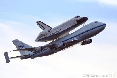 Endeavour atop 747