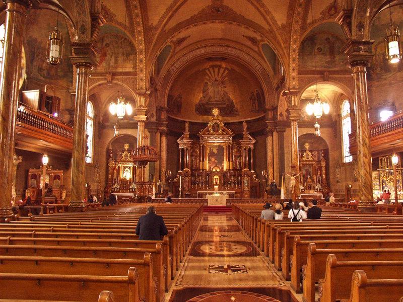 St. John Cantius Roman Catholic Church in Chicago.jpg