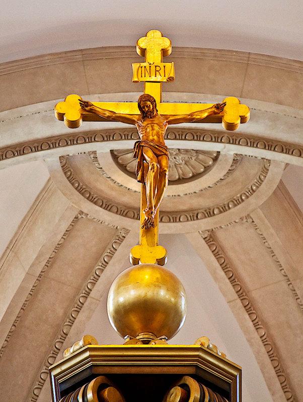 Crucifix _MG_8915.jpg