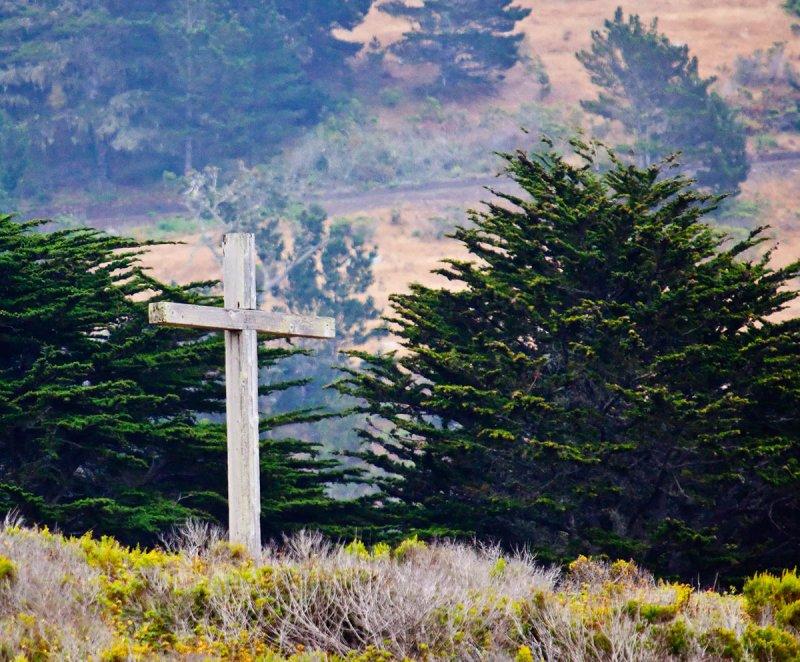 Cross on a hill _MG_4771.jpg