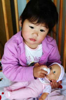 Little Mommy, Shanghai, China, 2010