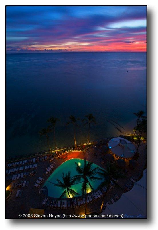 A Hawian Sunset : Waikiki Sheraton : Oahu Hawaii