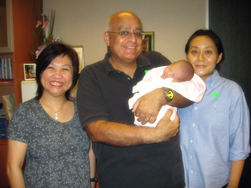 This is Dr Heng.... and my folks.....