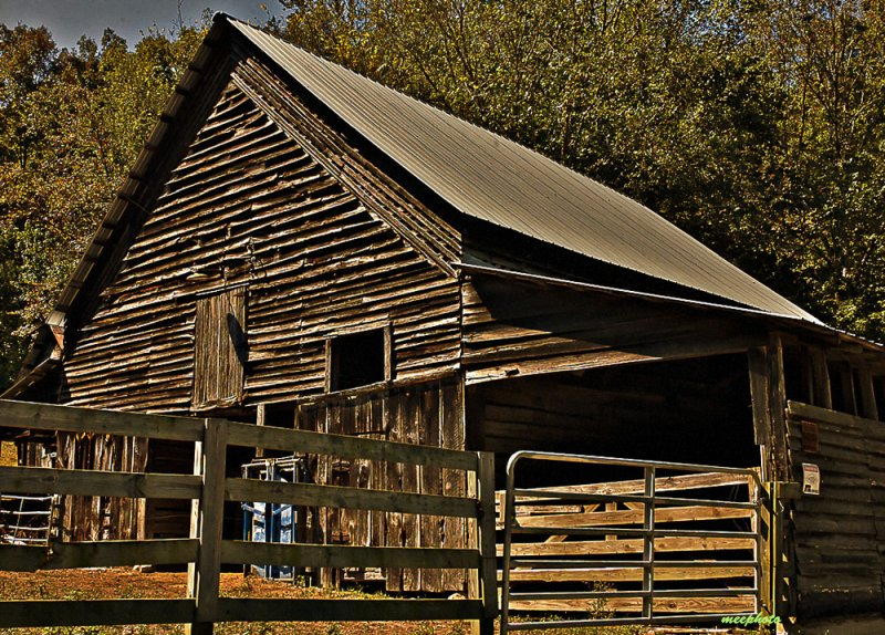 Barn in Afternoon