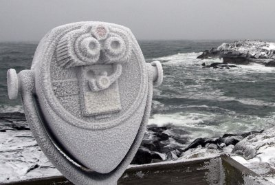 Cold at Nubble Light