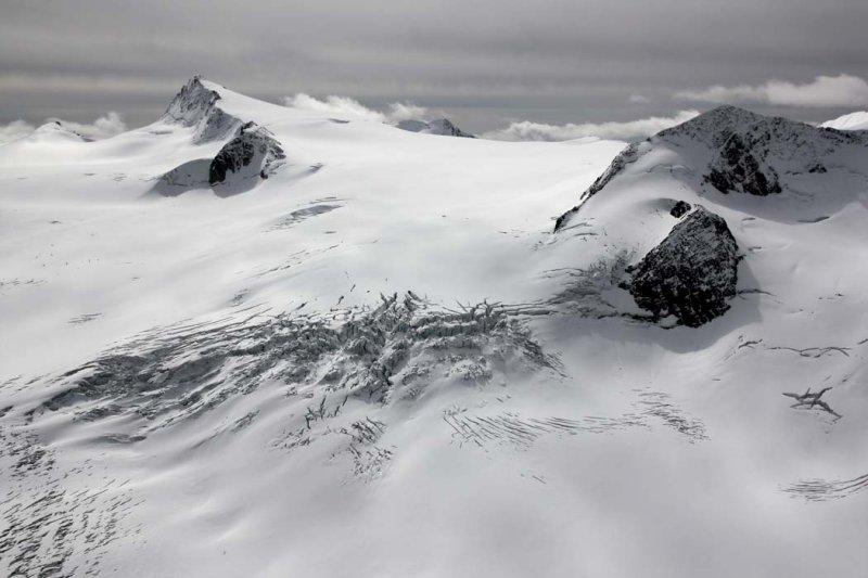 <br>Conrad & Upper Conrad Icefield <br> (Bugaboos090808-_332.jpg)