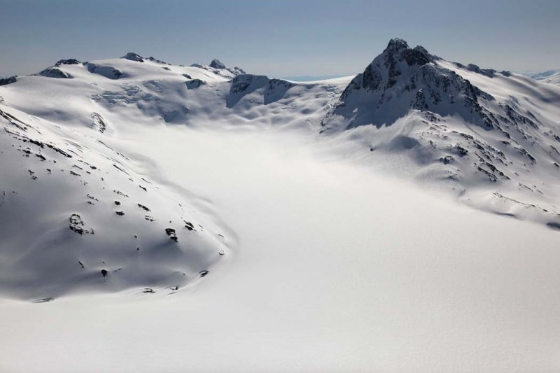 Cambria Icefield, View E/SE To Unnamed Peaks <br> (CassiarCambria043009-_083.jpg)