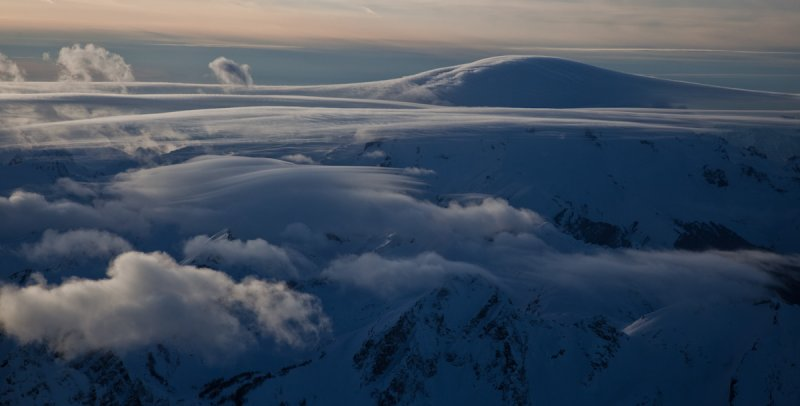 Glacier Peak From The East <br> (GlacierPk021011-148.jpg)