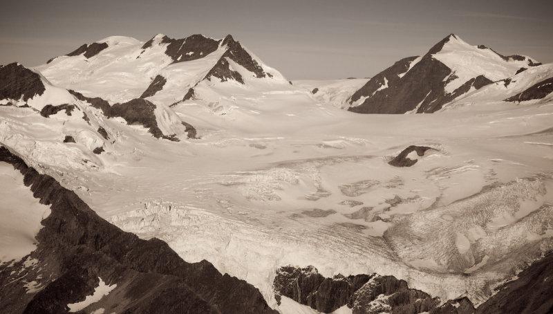 Mt. Mackenzie King (L), Mt. Sir John Abbott (R), & North Canoe Glacier<br>(NorthCanoeGlacier_092712_007-9.jpg)