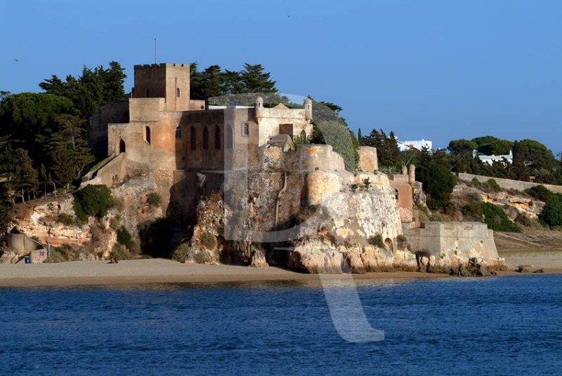 Castelo e Fortaleza de São João do Arade (Imóvel de Interesse Público)
