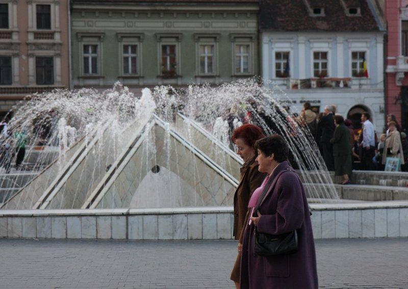 På torget i Brasov.jpg