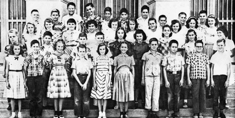 1952 - Mrs. Woltzs 6th grade class at Coral Gables Elementary