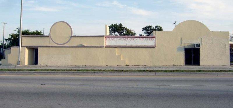 < -----  2008 - the former Bottle Cap Inn, now Eglise Evangelique des Pelerins (Haitian church) - burned to the ground on 7/4/12