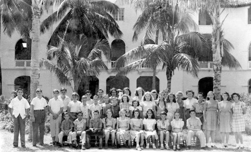 1946 - the 6th grade class at Shenandoah Elementary School - names below: