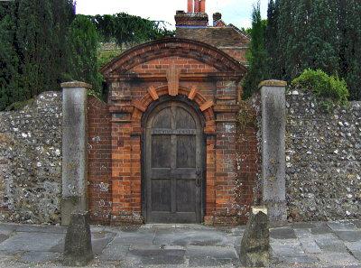 GRAND GATEWAY
