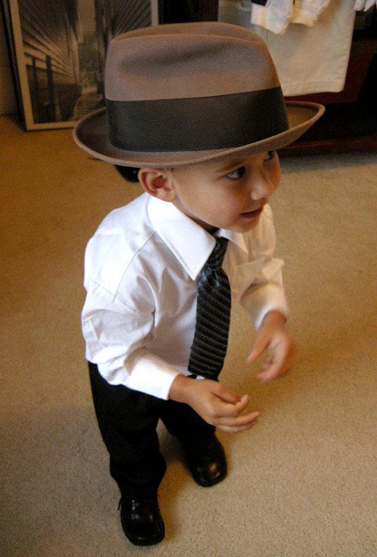Nicolas_dressed_hat.jpg