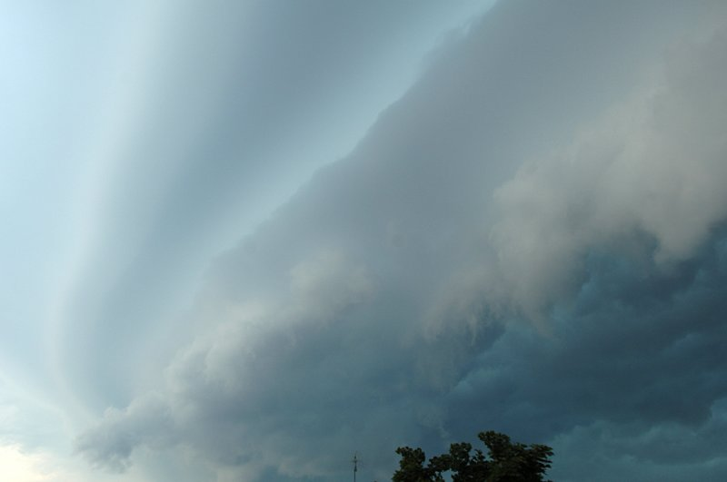 crazy_storm_front_01.jpg