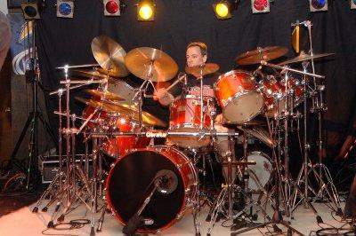 Rob_drums_02.jpg