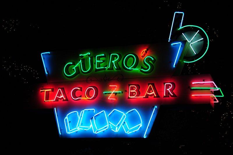 Gueros Taco Bar