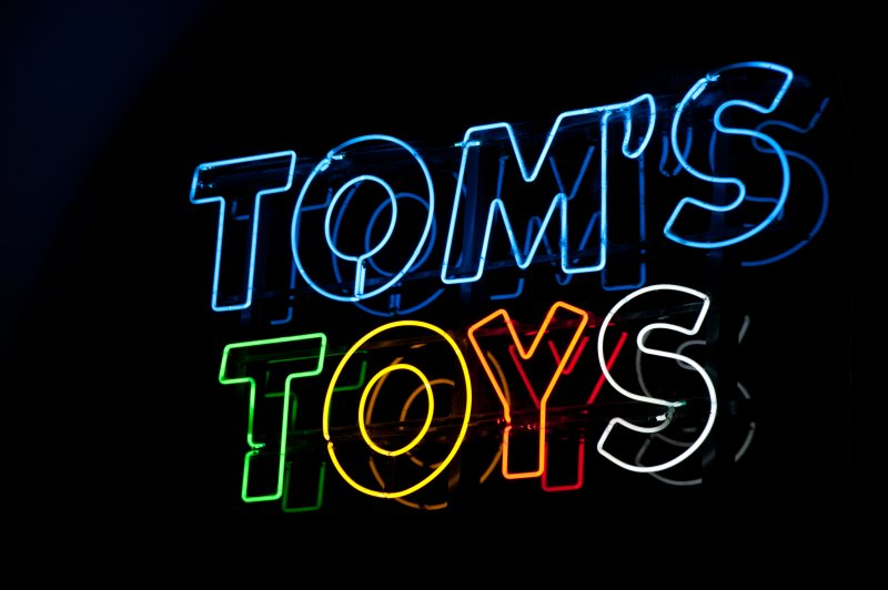 Toms Toys