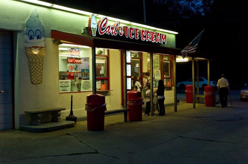 Carls at Night