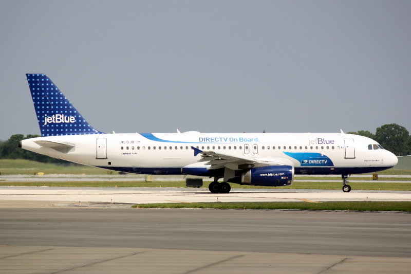 Airbus A320 (N510JB) Out of the Blue