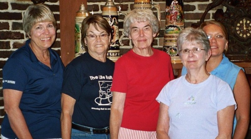 The Iowa Gister Sisters, Robbie, Barbara, Shirley,  Marilyn and Tracy