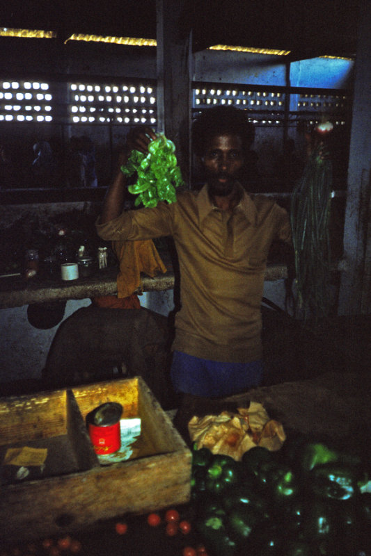 Somalia, Fruit seller