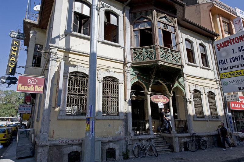 Konya sept 2008 4485.jpg