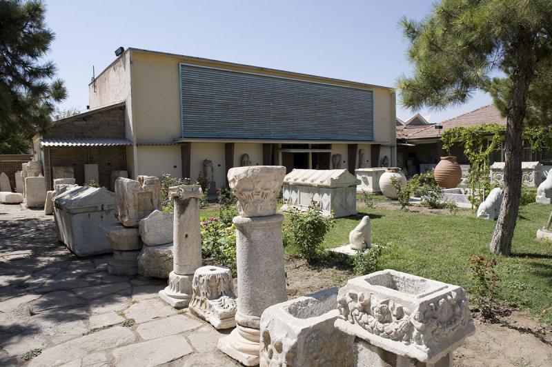 Konya sept 2008 4636.jpg